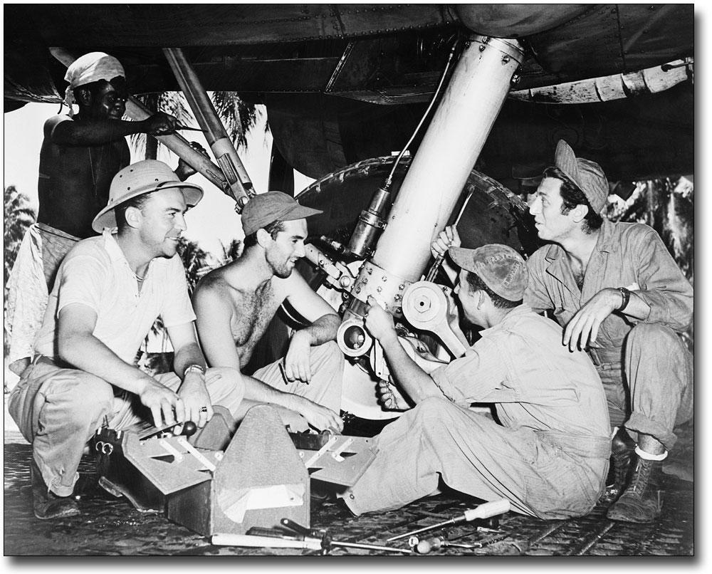 WWII ARMY AIR FORCE MECHANICS REPAIR B-17 11x14 SILVER