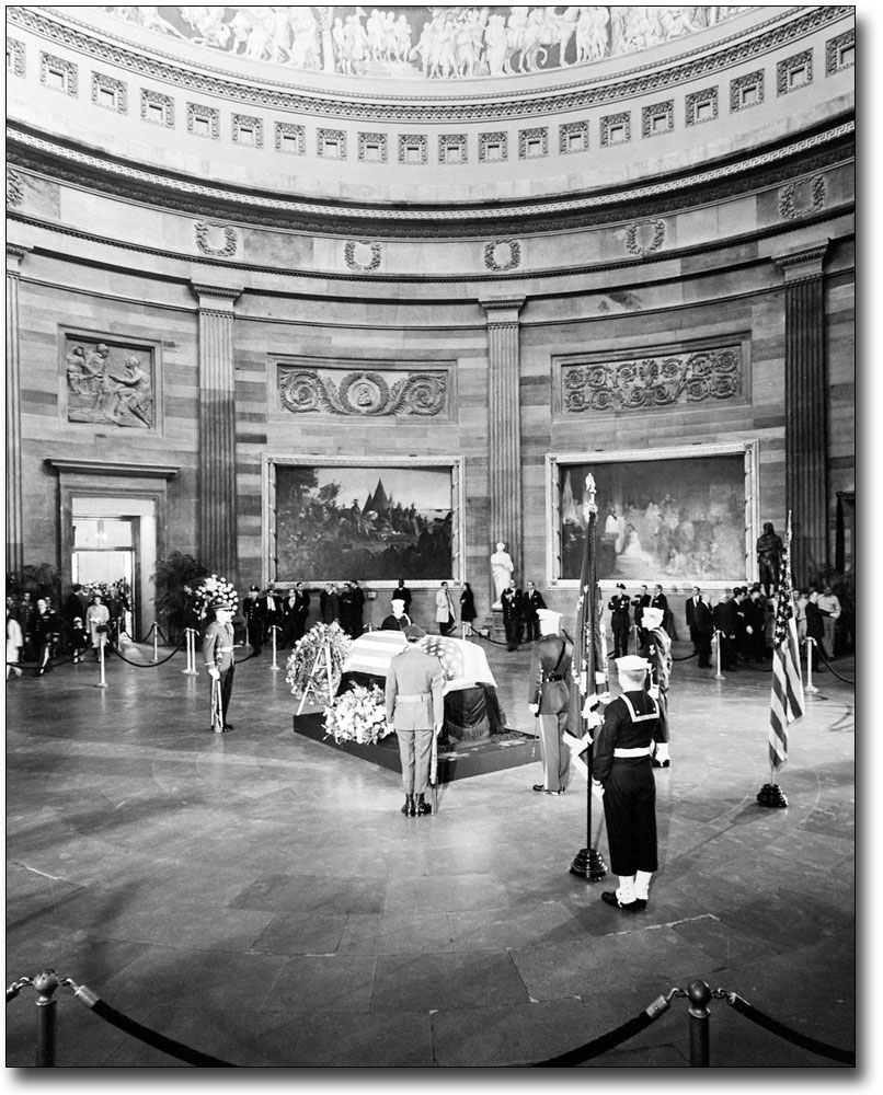 Gerald Ford State Funeral Casket In Capitol Rotunda 8x12 Silver Halide Photo