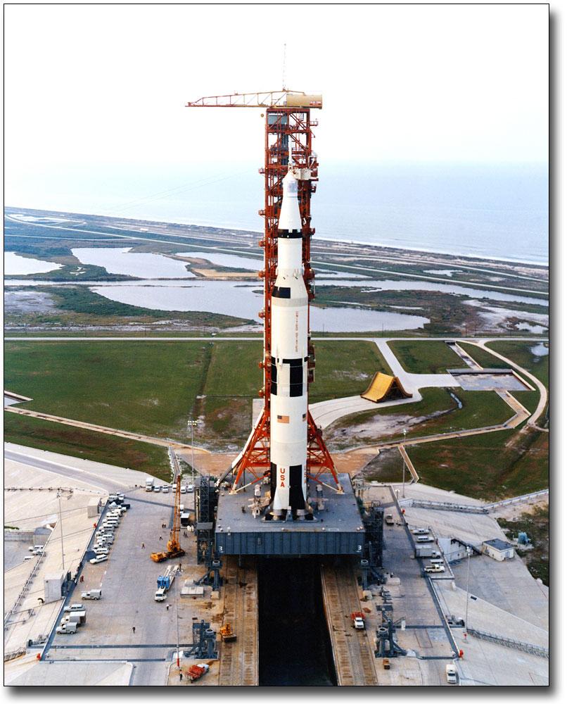 Details about APOLLO 13 SATURN V MOON ROCKET ON PAD NASA 8x10 SILVER HALIDE  PHOTO PRINT