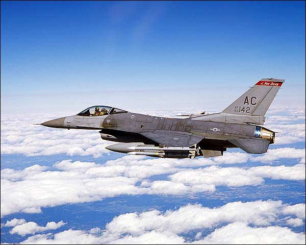 F-16 Falcon in Flight Photo Print for Sale