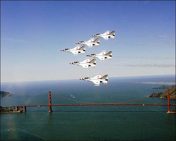 USAF Thunderbirds Golden Gate Bridge Photo Print for Sale