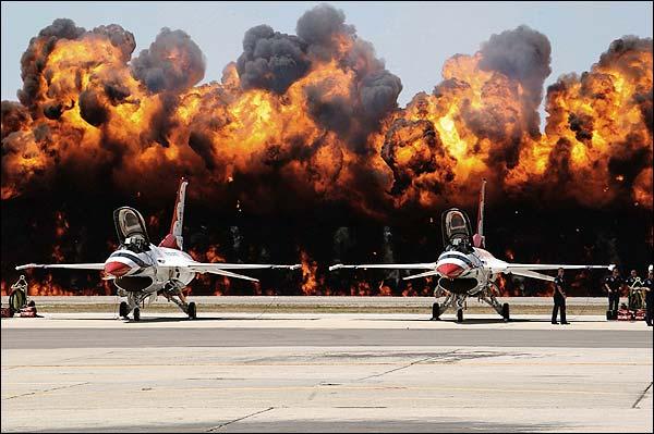 Thunderbirds F-16 w/ Fireball Background Photo Print for Sale