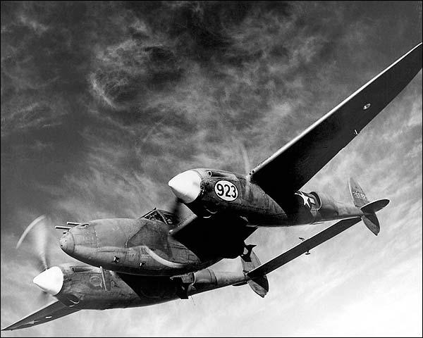 Lockheed P-38 Lightning in Flight Photo Print for Sale