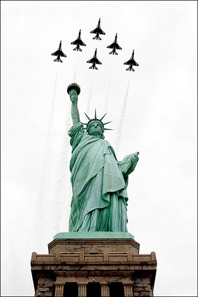 Thunderbirds & Statue of Liberty New York Photo Print for Sale