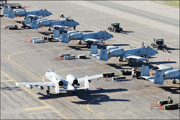 O/A-10/A-10 Thunderbolt II Warthog Photo Print for Sale