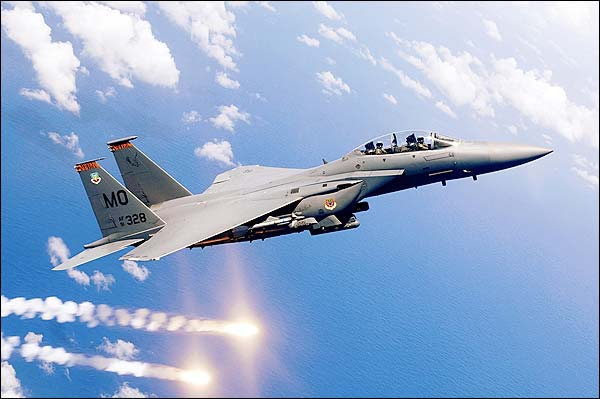 F-15E / F-15 Strike Eagle Firing Flares Photo Print for Sale