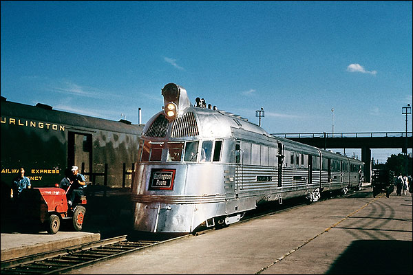 CB&Q Railroad 'Pioneer Zephyr' Train Photo Print for Sale
