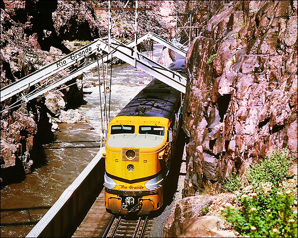 Durango & Rio Grande Western PA-1 Train Photo Print for Sale