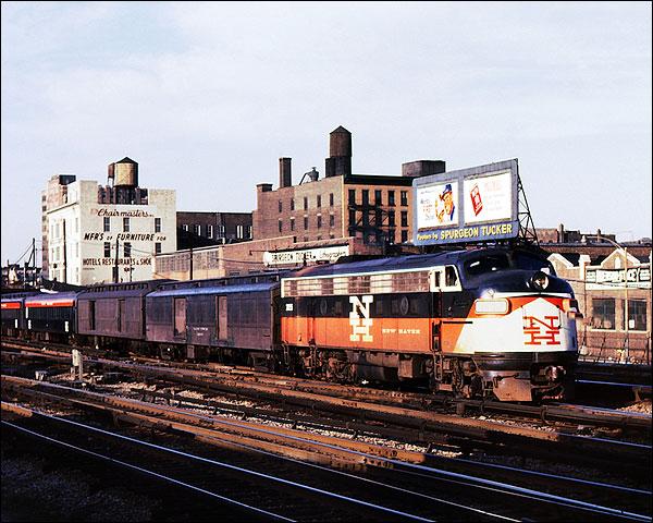 New Haven FL-9 McGinnis Train Photo Print for Sale