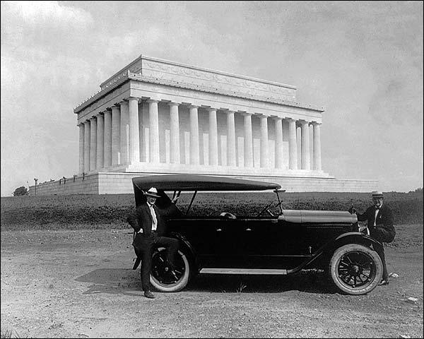 King Car & Lincoln Memorial Washington D.C. Photo Print for Sale