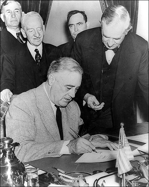 Franklin Roosevelt WWII War Declaration Photo Print for Sale