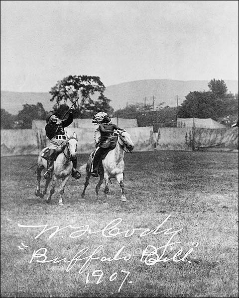 Buffalo Bill Cody w/ American Indian 1907 Photo Print for Sale