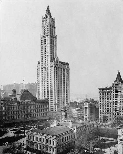 Woolworth Building Manhattan New York 1913 Photo Print for Sale