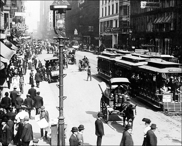 Early State Street Carriages, Chicago 1905 Photo Print for Sale