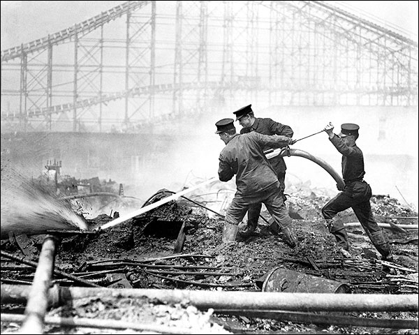 Dreamland Fire Coney Island New York 1911 Photo Print for Sale
