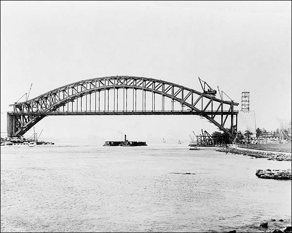 Hells Gate Bridge Construction NYC 1916 Photo Print for Sale