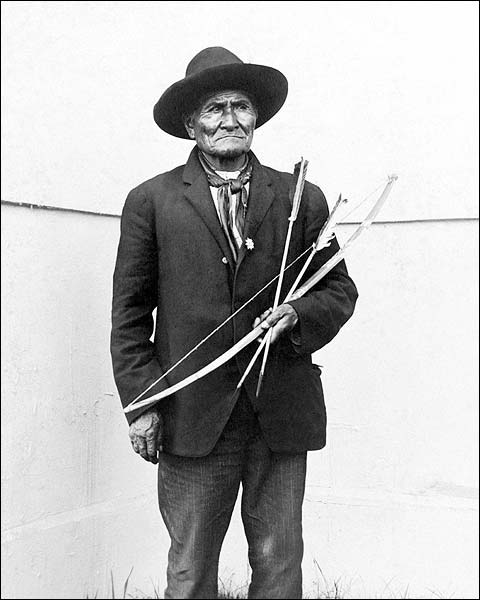 Apache Chieftain Geronimo at World's Fair 1904 Photo Print for Sale