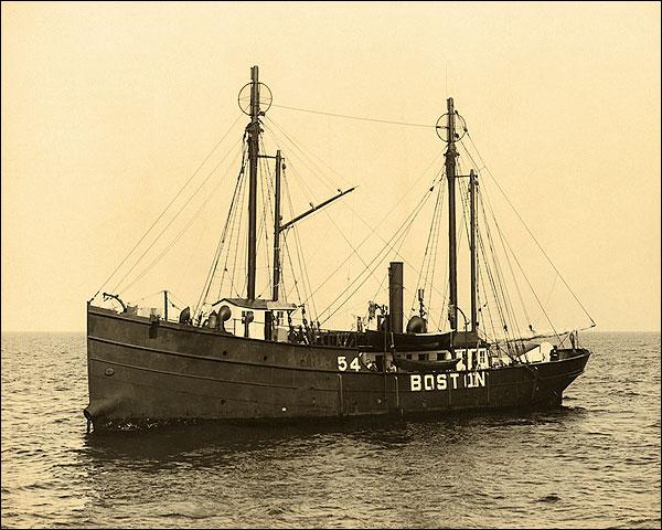 Boston Lightship Massachusetts 1906 Photo Print for Sale