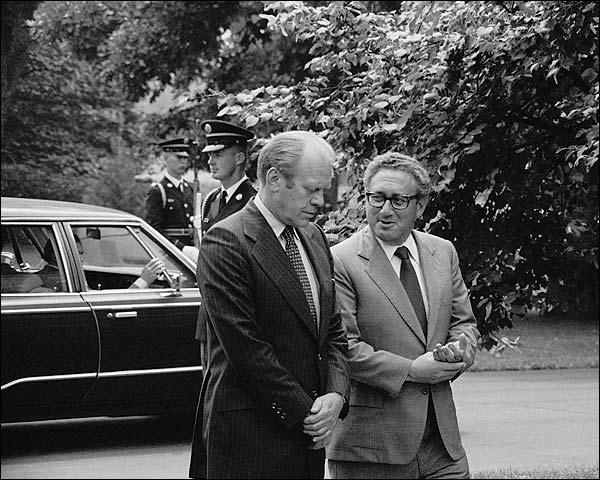 President Gerald Ford & Henry Kissinger Photo Print for Sale