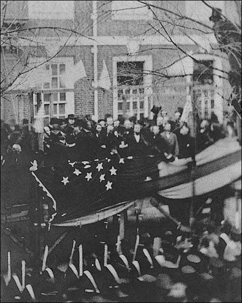 Abraham Lincoln Raising Flag at Independence Hall Photo Print for Sale