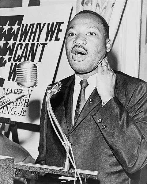 Martin Luther King, Jr. at Press Conference 1964 Photo ...