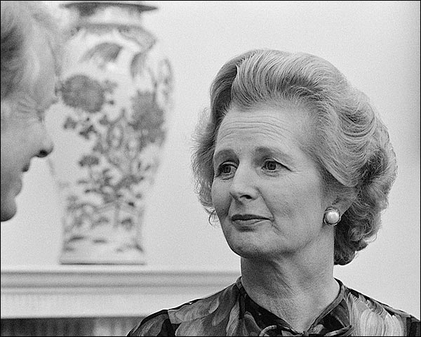 British Prime Minister Margaret Thatcher with Jimmy Carter Photo Print for Sale