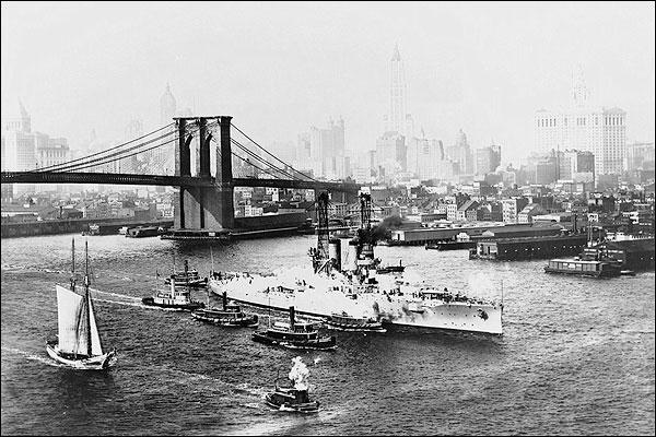 Brooklyn Bridge & USS Florida New York City Photo Print for Sale