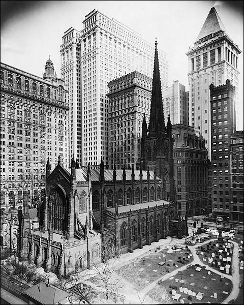 1916 Trinity Church Graveyard New York City Photo Print for Sale