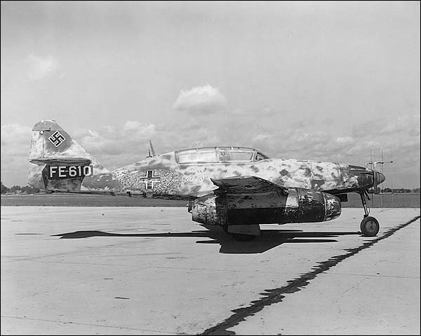 Messerschmitt Me-262 / 262Ob2 WWII Jet Photo Print for Sale