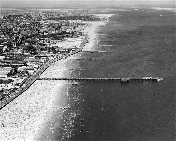 Coney Island Shoreline, New York City 1936 Photo Print for Sale