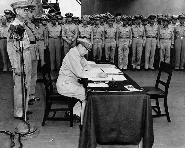 Douglas MacArthur Signs Japanese Surrender Photo Print for Sale