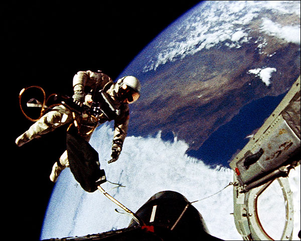 Gemini 4 Astronaut Ed White 1st US Spacewalk Photo Print for Sale