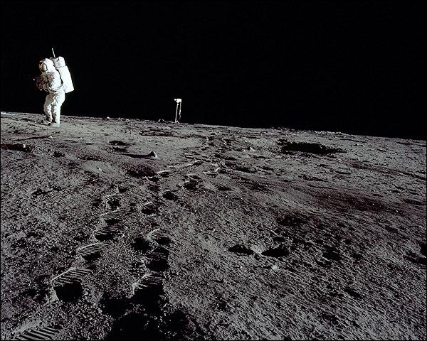 Alan Bean on Lunar Surface Apollo 12 Photo Print for Sale