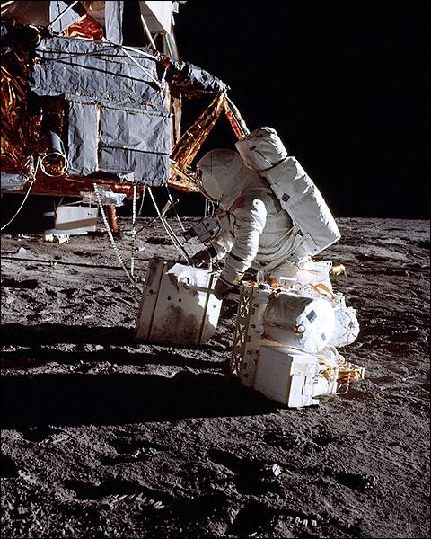 Apollo 12 Alan Bean Radio Antenna Photo Print for Sale