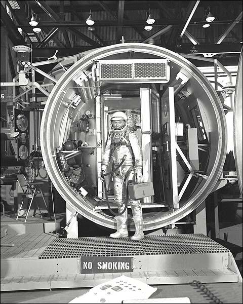 John Glenn Mercury Test Chamber Photo Print for Sale