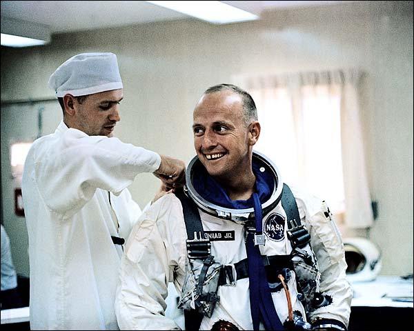 Gemini 5 Conrad Training Photo Print for Sale