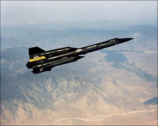 YF-12 Blackbird in Flight SR-71 Photo Print for Sale
