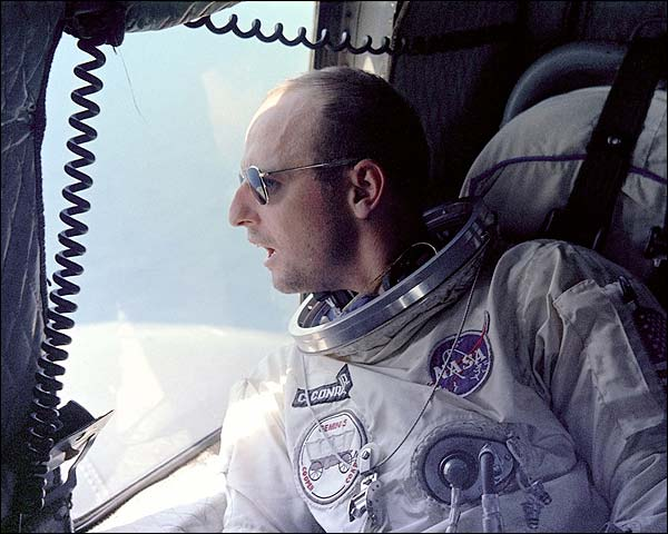 Gemini 5 Astronaut Pete Conrad Helicopter Photo Print for Sale