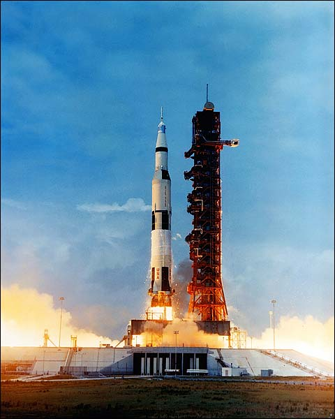 NASA Apollo 10 Saturn ...
