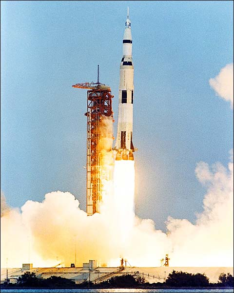 apollo 13 rocket launch - photo #1