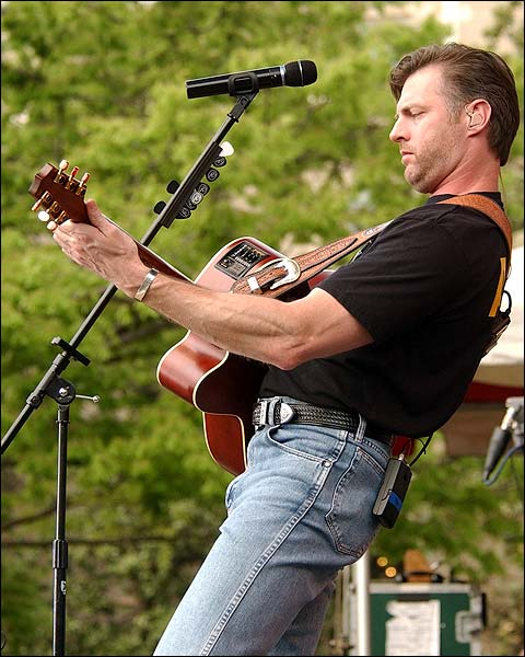 Darryl Worley Pentagon Performance Photo Print for Sale