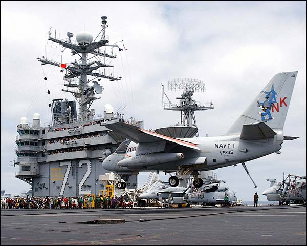George W. Bush Aircraft Carrier Landing Photo Print for Sale