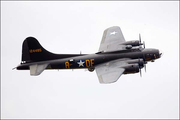 B-17 Flying Fortress Bomber 'Memphis Belle' Photo Print for Sale