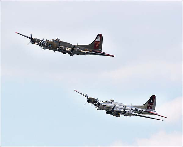 B-17 Flying Fortress WWII Bombers in Flight Photo Print for Sale