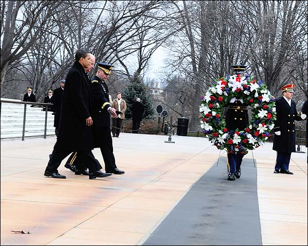 Barack Obama & Joe Biden Tomb of Unknowns Photo Print for Sale