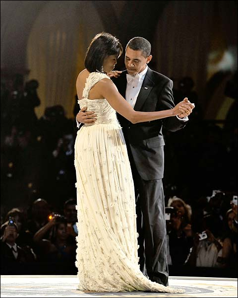 Barack and Michelle Obama Dance at Inaugural Ball 2009 Photo Print for Sale